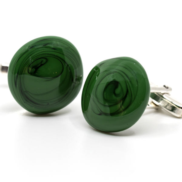 Manchetknapper i sølv. Unika glas perler i en lækker klassisk mosgrøn